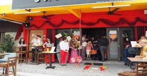 cafenize özel açılış düzenleyin
