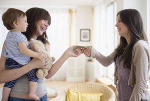 evde çocuk bakıcılığı yapın